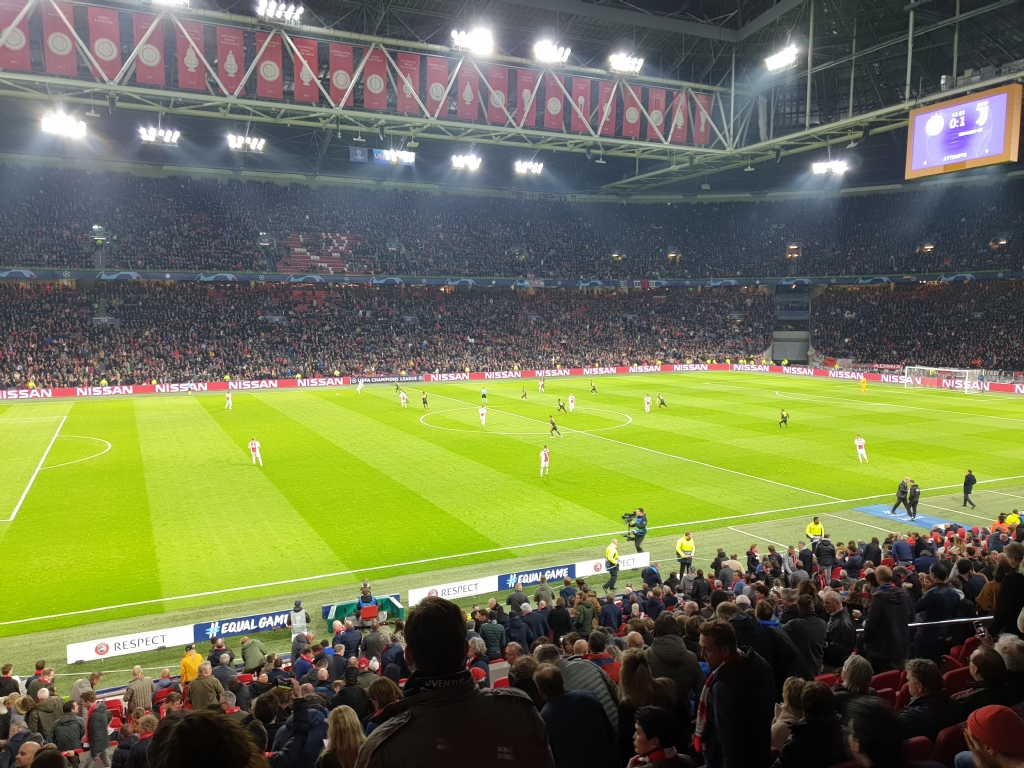 Kijk halve finale Ajax in de kantine