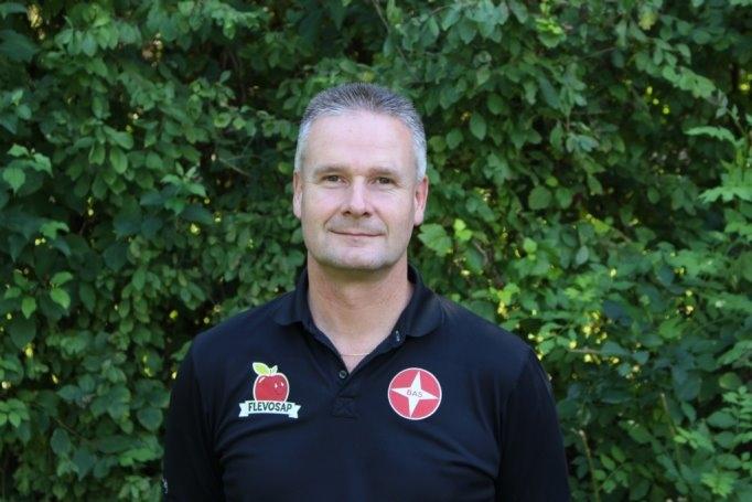 Arjen Bredewolt blijft trainer van BAS